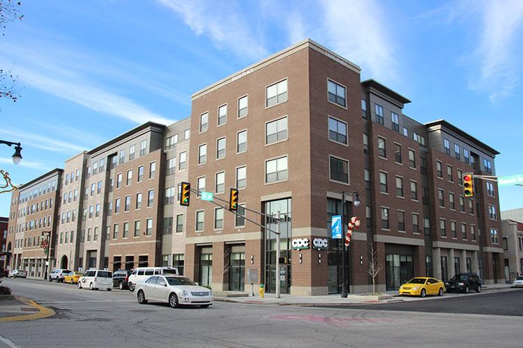500 Wabash Apartments