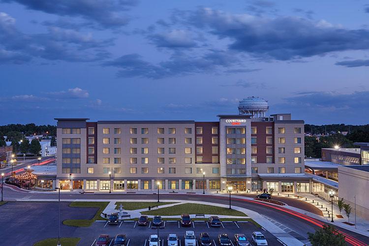 Courtyard by Marriott Arc Hotel